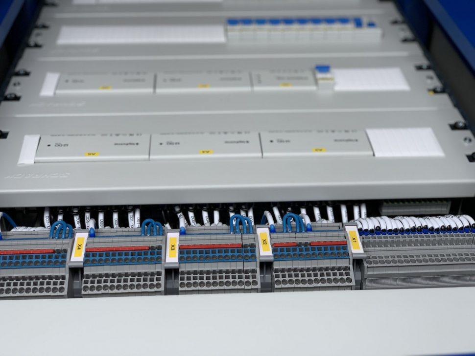 Rozvádzač inteligentnej elektroinštalácie